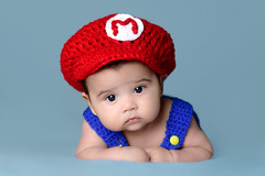 Luis (lfbc) Tags: mariosbros supermario nintendo newborn reciennacido retrato studio portrait babyboy cute beautiful