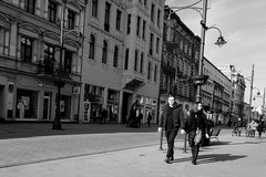 (notojako) Tags: streetphotography people lodz łódź blackandwhite monochrome cityscape