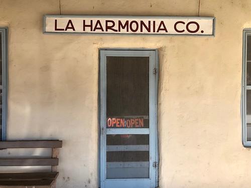 LA HARMONIA CO