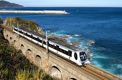 La 968 a cargo de un tren Bermeo-Bilbao a su paso por el Viaducto de Lamiaran (ordunte) Tags: euskotren emu caf bermeo lamiaran vizcaya bizkaia paísvasco euskadi euskalherria víamétrica víaestrecha viaducto cantábrico caf950 narrowgauge