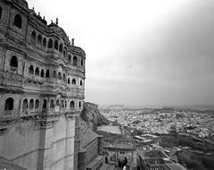 1898 (The Dent.) Tags: mamiya 7 india jodhpur tmy2 hc110 dilution b min