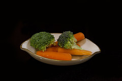 Broccoli and carrots (in Explore) (mimsjodi) Tags: saturdayselfchallenge challenge groupchallenge vegetables broccoli carrots