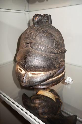 Female Mende mask