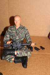 IMG_0157 (darqq_seraphim) Tags: barbie friends dolls military militaryactionfigure militaryplayset worldpeacekeepers 16scaleactionfigure 30pointsarticulation clicknplay