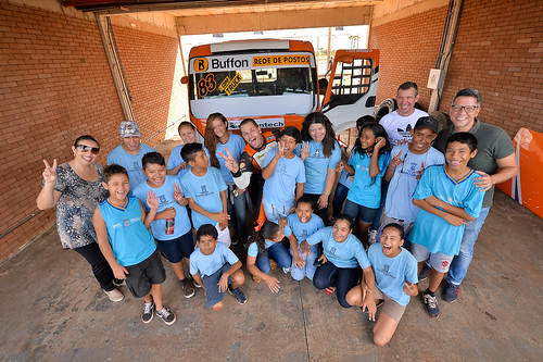 12/04/19 - Copa Truck fez a alegria de crianças da Escola Municipal de Campo Grande - Fotos: Duda Bairros