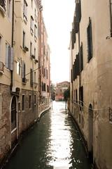 YÛGEN Belleza sutilmente profunda, no obvia. (Lucia Cortés Tarragó) Tags: venezia europe canon friend canon100d sea city art
