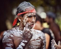gestures (gro57074@bigpond.net.au) Tags: man gestures tribal tribalbodyart f28 70200mmf28 nikor d850 nikon color colour january 2019 australiaday australian indigenous firstaustralian camperdown candidportrait portrait candid guyclift yabunfestival