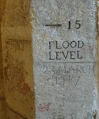[73620] York : Merchant Adventurers' Hall - Flood Level (Budby) Tags: york northyorkshire hall guild gild water river flood