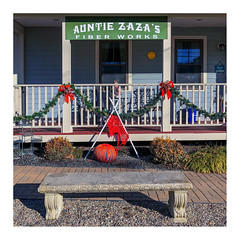 Auntie Zaza's (Timothy Valentine) Tags: large 0119 sign 2019 bench monday northeaston massachusetts unitedstatesofamerica us