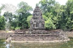 Angkor_Neak_Pean_2014_14