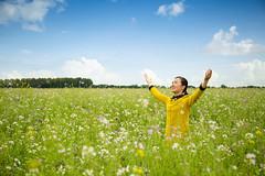 Acredite em Deus é muito feliz (Philipe Li) Tags: igrejadedeustodopoderoso louvoresmúsica cristã evangélica melhoresmusicasgospel letrasmusicasgospel músicarelaxante musicaportuguesa músicadelouvorcéu flor árvore nuvens água arteazul branco verde amarelo rosa