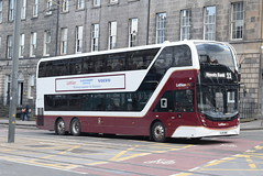 LB 1069 @ York Place/Edinburgh bus station (ianjpoole) Tags: lothian buses volvo b8l alexander dennis enviro 400mmcxlb sj19owc 1069 working route 11 ocean terminal north leith hyvots bank terminus gilmerton