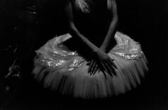 Swan (Yuri Kuchumov) Tags: premium arista kodak lake swan theatre dancer dance russianballet ballet m39 collapsible summicron m6 vintageanalog vittagecamera blackwhite blackandwhite bw skan russianfilm onalog film portrait leica leicacl leicarussia leitz leitzcamera filmcamera