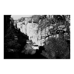 Underneath (Batuhan A Priori) Tags: blackandwhite bnw bnwphotography street 35mm 35mmfilm 35mmfilmphotography analog analogue analogphotography analoguephotography analogica analogcamera underneath