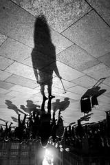 upside down (ThorstenKoch) Tags: street streetphotography schatten stadt strasse shadow schwarzweiss silhouette pov photography people photographer picture pattern sun sonne shadows monochrome fuji fujifilm xt10 thorstenkoch city candit cold cologne köln selfie croud throwback thursday art architecture architektur alone