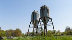 They're among us ! (ostplp) Tags: extraterrestre fusée alien silo exploration urbex usine abandonné lost decay oublié vintage industriel architecture bâtiment