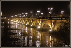 Pont de Pierre BORDEAUX (Les photos de LN) Tags: pontdepierre bordeaux gironde portdelalune nouvelleaquitaine arches garonne fleuve lumière reflets lampadaires