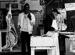 Catania, 2019 (Giovamilo_90) Tags: street streetph streetphotography streetphoto streetview streetphotographer strada blackandwhite biancoenero bw black bn bnw bianconero blackwhite monocromatic monocromo monocrome monochrome