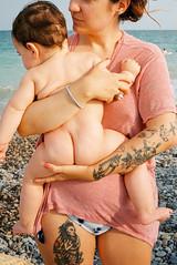 (Bárbara Lanzat) Tags: 35mm film analog leicaminilux leica kodak200 colorplus200 maternity mother family portrait baby diary summer valencia beach filmisnotdead ishootfilm summerdiaries bárbaralanzat