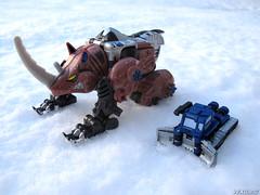 Armada_Rhinox_02 (Vexwing) Tags: transformers rhinox armorhide armada beast wars minicon autobot toy toyphotography snow transmetal
