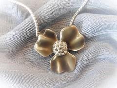 Halskette (Hannelore_B) Tags: macro kette halskette necklace jewelry macromondays