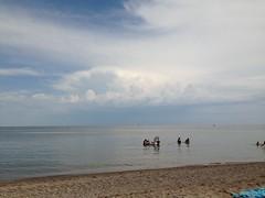 Gimli Beach (CC Benison) Tags: gimli lakewinnipeg ccbenison