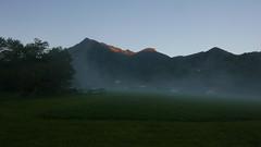 Hochplatte Haberspitz Friedenrath (Aah-Yeah) Tags: hochplatte friedenrath bodennebel piesenhausen achental chiemgau nebel fog bayern haberspitz