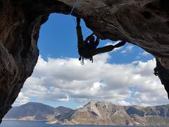 Deep Water Solo (feldweg2008) Tags: klettern sport fakten wissen geschichte art freesolo awesome gesichert latticeclimbing bigwall climb ice deep water power zeit
