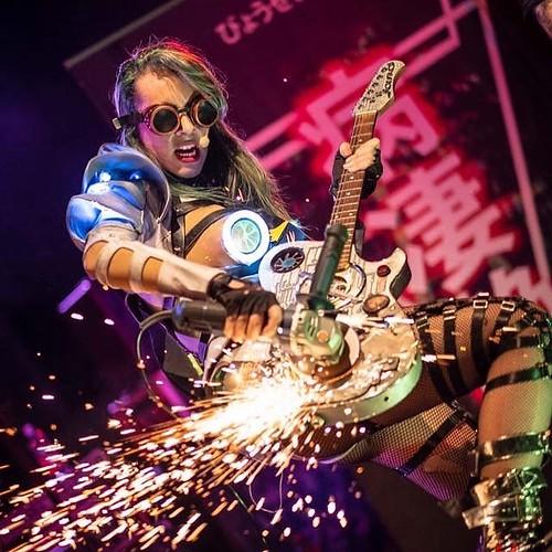 #repost @hermasick 🌹🎤 @sicknbeautifulband 👽#sicknbeautiful #cantante #frullino #singer #rock 🎸 #cyberpunk #punk #rocknroll  #spazio #universo  🌟 #stella #aliena 🚀 #sexy #alternative 🙌 #music #musica #
