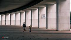 Mom and son (tripklik) Tags: moskow moscu rusia russia architecture