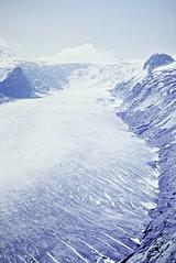 Pasterze Glacier (zeesstof) Tags: geo:lat=4707549694 geo:lon=1275086522 geotagged zeesstofsmom kodachrome film 35mmslidefilm mamiya 1969 summerholiday mountains alps austrianalps triptothegrossglockner snow snowinsummer glacier pasterzeglacier grossglockner 3798m highestmountaininaustria