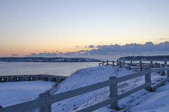 (amy20079) Tags: fence ocean sea nikond5100 maine southportland sunrise fortpreble snow winter overlook historical history clouds