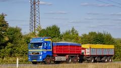 AJ25347 (16.09.09)DSC_2079_Balancer (Lav Ulv) Tags: 212395 jjtransportvjohnjakobsen volvo volvofh fh12 fh420 e3 euro3 2004 rigid trailer blue driverkim 6x2 fh2 fh3 truck truckphoto truckspotter traffic trafik verkehr cabover street road strasse vej commercialvehicles erhvervskøretøjer danmark denmark dänemark danishhauliers danskefirmaer danskevognmænd vehicle køretøj aarhus lkw lastbil lastvogn camion vehicule coe danemark danimarca lorry autocarra danoise vrachtwagen trækker hauler zugmaschine tractorunit tractor artic articulated semi sattelzug auflieger sattelschlepper vogntog oplegger sættevogn motorway autobahn motorvej vibyj highway hiway autostrada