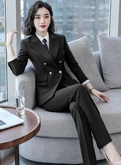 Onneksi (bof352000) Tags: woman tie necktie suit shirt fashion businesswoman elegance class strict femme cravate costume chemise mode affaire