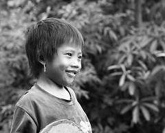 Child in a mountain village – Myanmar (lotusblancphotography) Tags: asia asie myanmar burma birmanie travel voyage people gens children child enfant enfants monochrome blackwhite