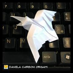 """Corvo"" Modello creato oggi. -------------------------------------------- ""Crow"" Model created today.  #origami #cartapiegata #paperfolding #papiroflexia  #paper #paperart #createdandfolded #originaldesign   #danielacarboniorigami #corvo #crow (Nocciola_) Tags: crow paperart cartapiegata corvo createdandfolded papiroflexia paperfolding originaldesign danielacarboniorigami paper origami"