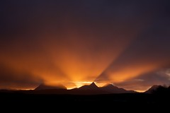 Fallen Peaches (pauldunn52) Tags: coigach scotland north west stac pollaidh cul mor beg sunrise rays