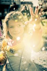 Magia (Andrepax) Tags: carnevale giallo coriandoli canon 6d 50mm f14 magia ritratto portrait