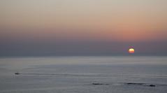 Sunrise in Huatulco (magdaolson) Tags: sunrise amanecer oaxaca huatulco mexico ocean oceano pacific pacifico oceanopacifico pacificocean sol sun bote