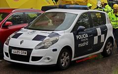 Policía Municipal de Madrid (emergenciases) Tags: emergencias españa 112 vehículo madrid puentedevallecas explosiónvallecas renault scenic pmm policía policiamunicipalmadrid patrulla
