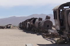 Bolivia - Uyuni train cemetery (Alf Igel) Tags: traincemetery eisenbahnfriedhof cementeriodelostrenes cementeriodetrenes uyuni bolivie bolivien boliva salardeuyuni salzsee saltsea anden südamerika southamerica