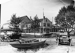 Madison Beach Hotel in the early 1900's (Madison Historical Society (CT-USA)) Tags: madisonhistoricalsociety madisonhistory mhs madison museum old outside outdoor ocean connecticut connecticutscenes country bobgundersen historical history house architecture madisonbeachhotel boat yacht car waterfront water longislandsound bw scan scene scenes interesting image building picture places flikr