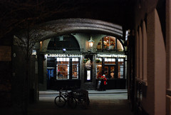 (D E L I C A T E - L E N S) Tags: london 2019 pub bar restaurant cozy street night light lantern window winter nikon d80 50mm f18 photography low aperture nikkor prime lens
