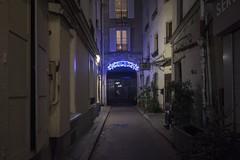 . (Le Cercle Rouge) Tags: paris france night nuit darkness light 75017 batignolles neon passage hotel hotelduprogrès impassedelévis