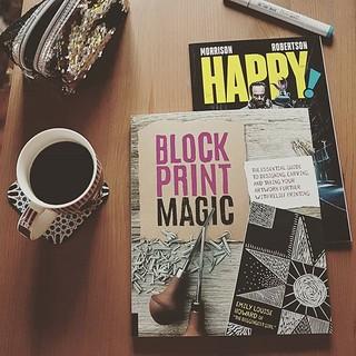 Today's post office run. My pre-order of @thediggingestgirl s Block Print Magic is here! And also Happy! (better late than never!) 😍 . . . #isiorizado #alkoreiel #blockprintmagic #thediggingestgirl #happy! #bookstolearn #bookstopassthetime #com