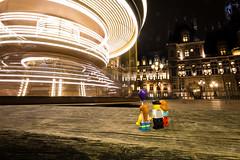 Merry-go-round (Ballou34) Tags: 2019 7dmark2 7dmarkii 7d2 7dii afol ballou34 canon canon7dmarkii canon7dii eos eos7dmarkii eos7d2 eos7dii flickr lego legographer legography minifigures photography stuckinplastic toy toyphotography toys stuck in plastic family merry go round baloon night light trail