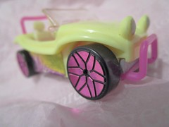 Pastel, the little beach-buggy. HMM. (seanwalsh4) Tags: pastel macromondays 15042019 pastelthelittlebeachbuggy smalltoycar macro toy seanwalsh fun happy funonthebeach windinthehairdriving hmm