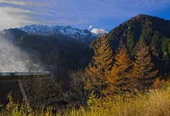 Kurobe Dam (r0yc3) Tags: kurobe dam toyama kurobedaira kurobeko autumn norther japan alps koyo alpine route