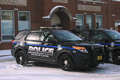 Clinton Wisconsin, Police Department (Cragin Spring) Tags: unitedstates usa unitedstatesofamerica midwest wisconsin wi police suv policedepartment clintonpolicedepartment snow winter vehicle clinton clintonwi clintonwisconsin