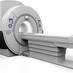 磁気共鳴画像診断装置の写真